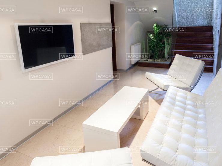 4 Bedroom Minimal Design Attic in Dartford
