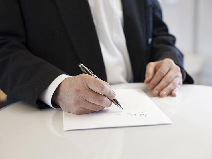 Wir helfen bei der Vorbereitung Ihres Termins beim Notar